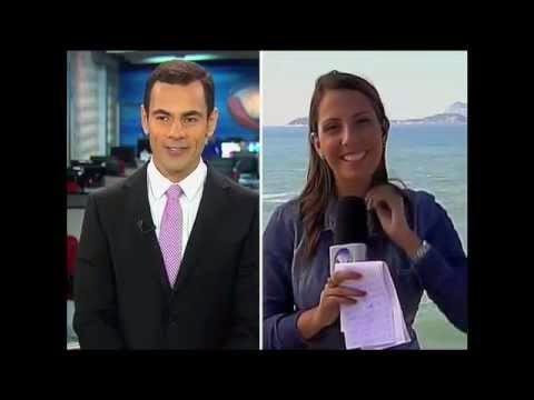 rede record cantada ao vivo do jornalista Tino Júnior na repórter Fernanda Sanches